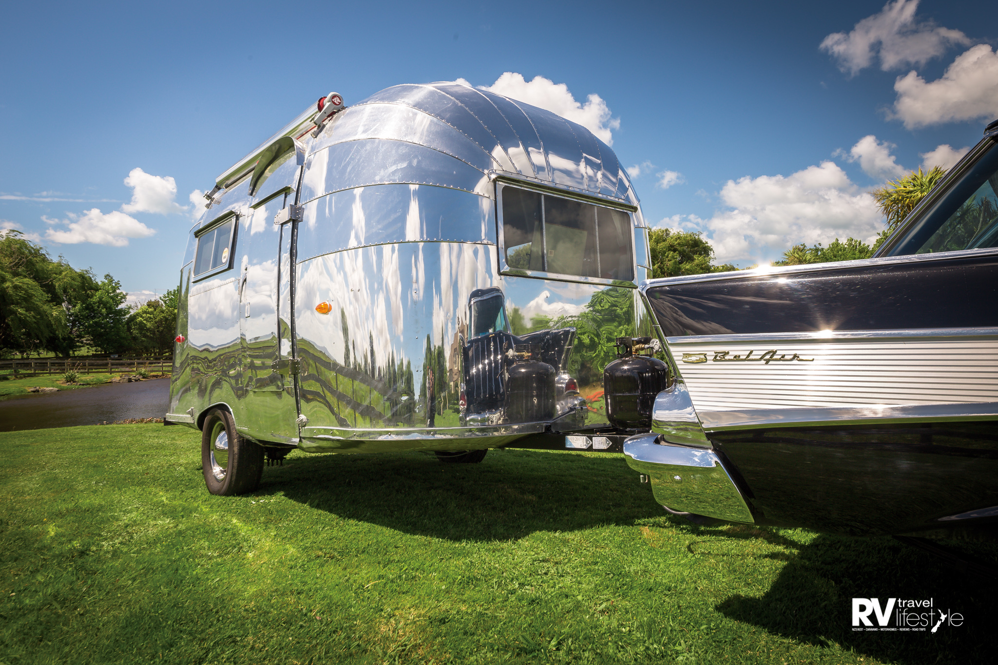 Airstream Bubble & Chevrolet Nomad
