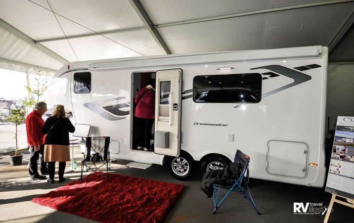 A new fifth-wheel vehicle on our roads, the Dreamseeker from Wales – certainly a new modern unit with lots to offer owners