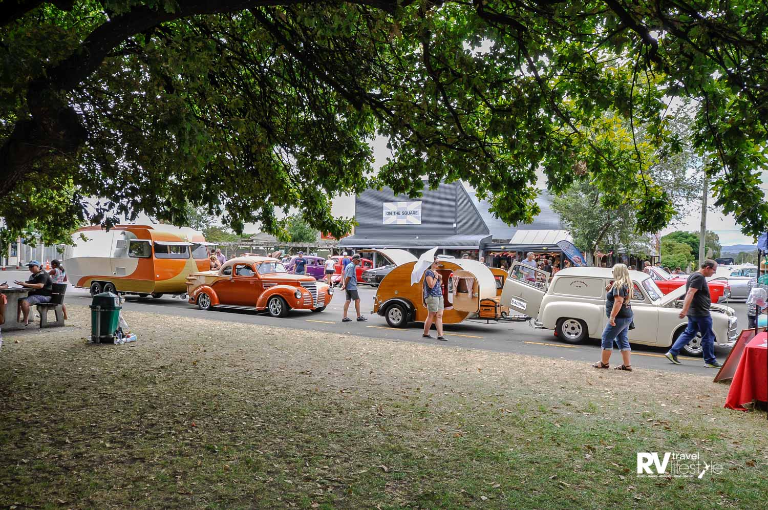The public loved these two classic, hand-built caravans and the cars they are matched to