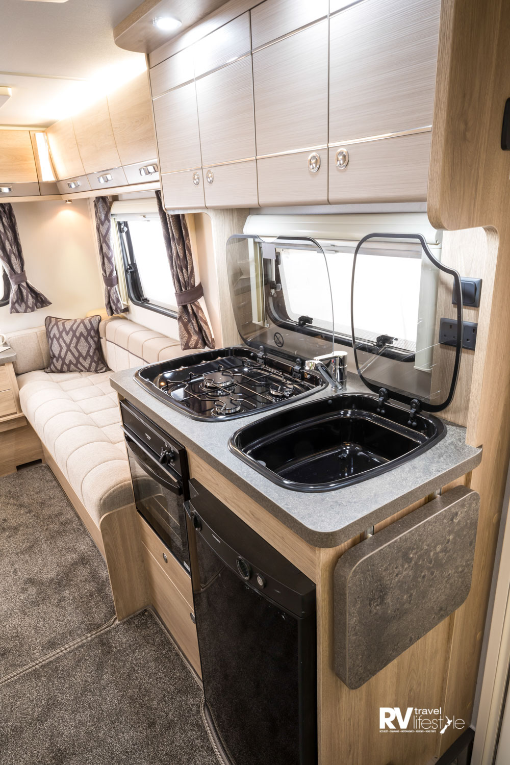 With everything in easy reach and a fold-up for extra bench space, the galley is very workable