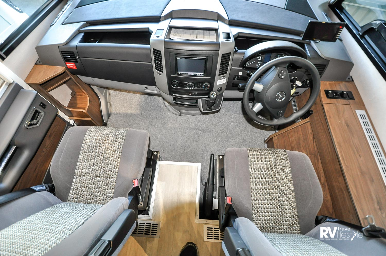 The Mercedes Benz Eurosprinter 519 cab is well equipped. Lots of storage for driver and passenger, all the technology Mercedes has to offer, and the seats swivel to the house area for relaxation