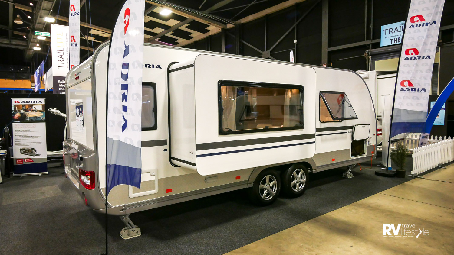 The slide-out gives a lot of interior space for the dining-entertainment-kitchen areas in the middle of the caravan