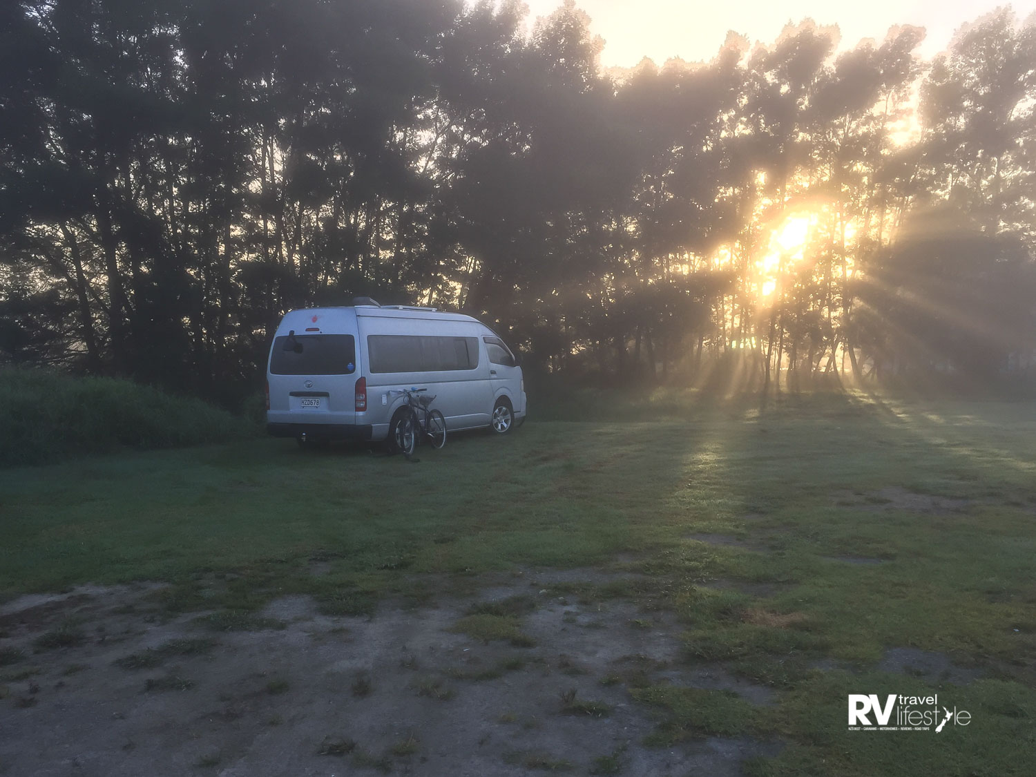 Misty sunrise at Kawakawa