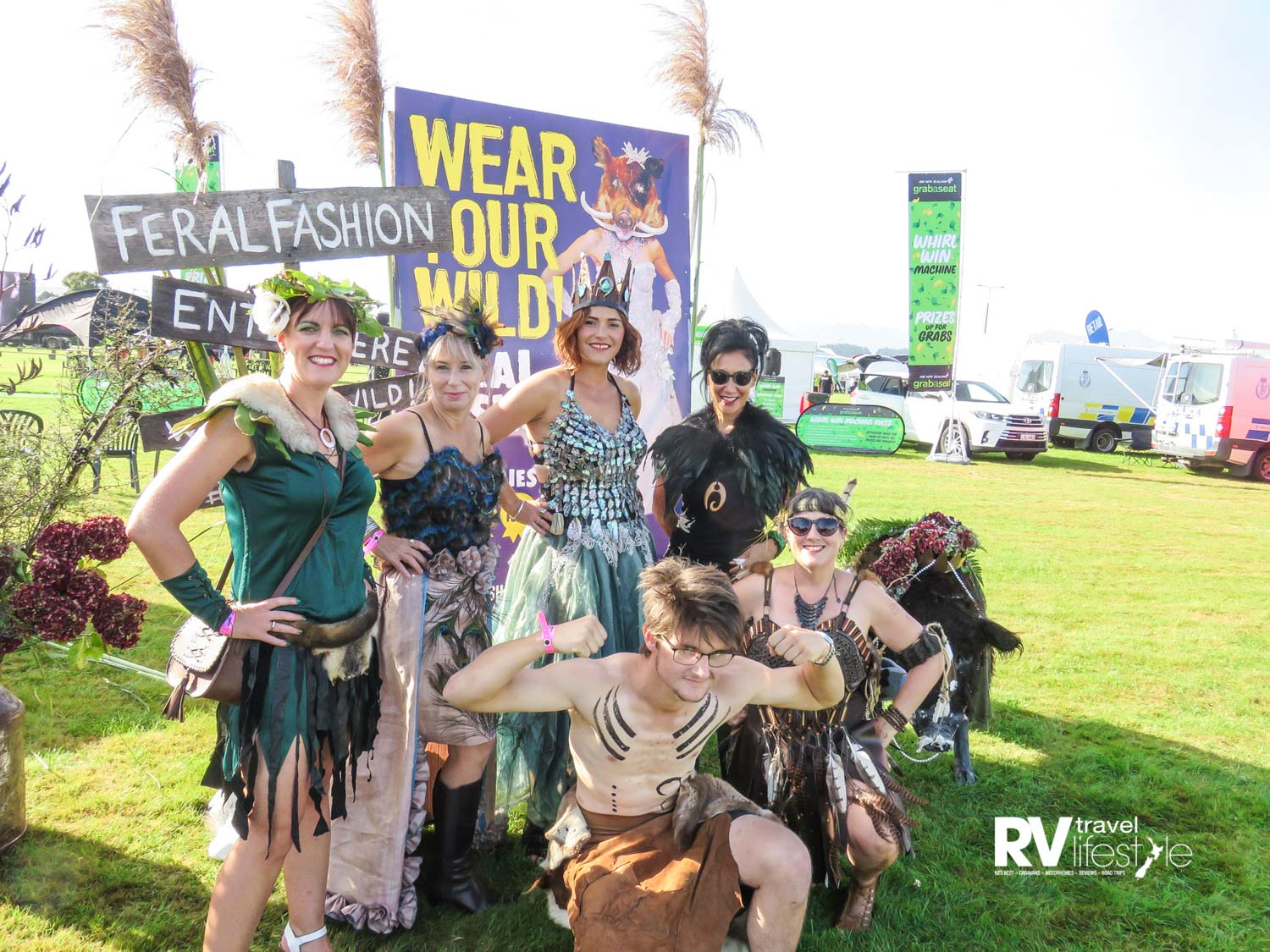 The feral fashion team from left Naomi Eyre, Tanya Salter-Anderson, Angie Foster (Feral Fashion organiser), Michelle Bradley (Judge) Front – Khan Buckman and Jenneth Oakley