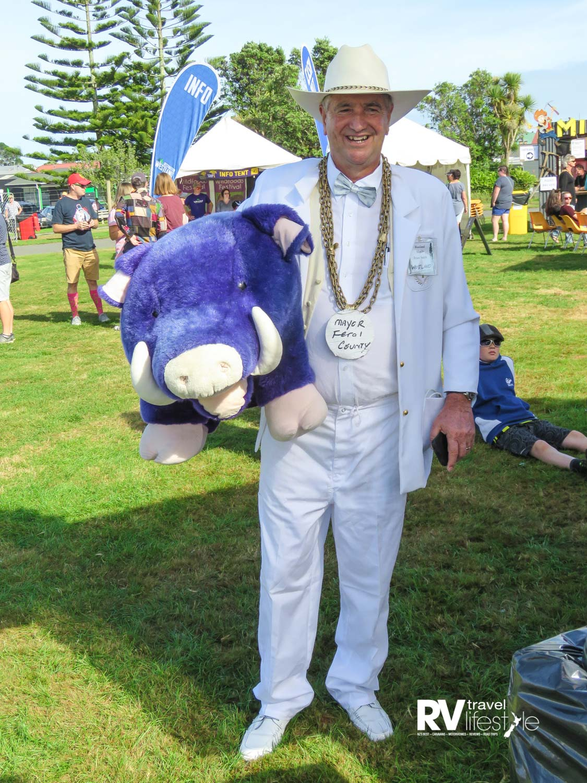 Westland Mayor Bruce Smith and friend