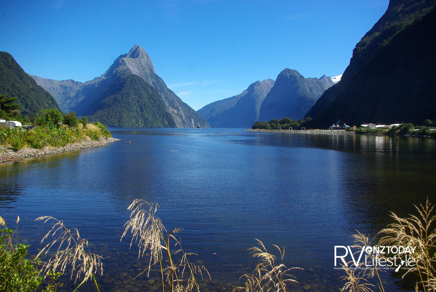 Milford Sound is spectacular – whether it's raining or the sun is shining. Rain creates waterfalls – millions of them