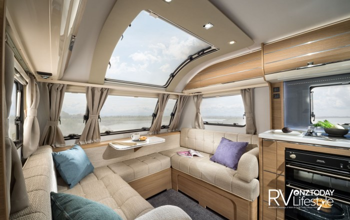 The extra-large Sky-roof panoramic window and large side- and nose windows make this area so light and offer incredible views when parked up – just what you want to see. This area also makes up into a large bed