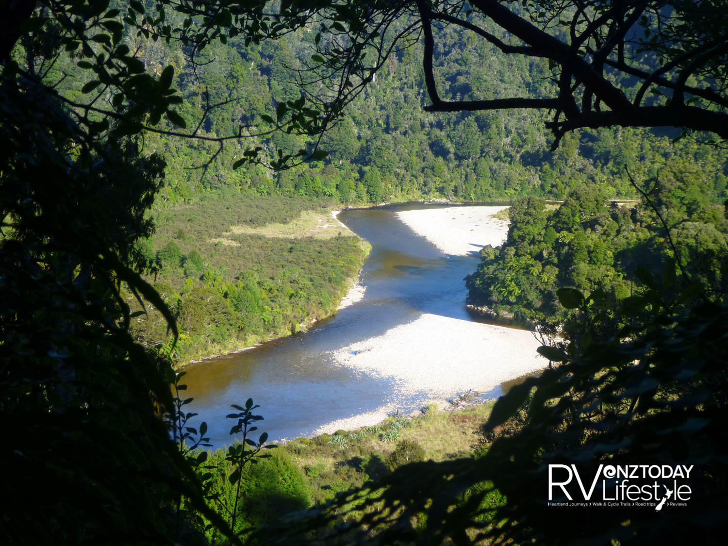 Descending down to the Heaphy River