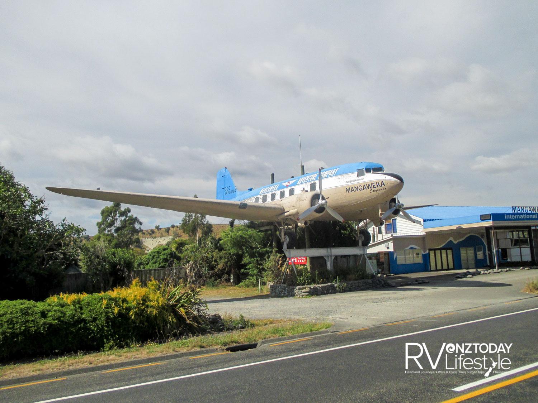 Mangaweka International Airport, and a DC3 on ' take-off '