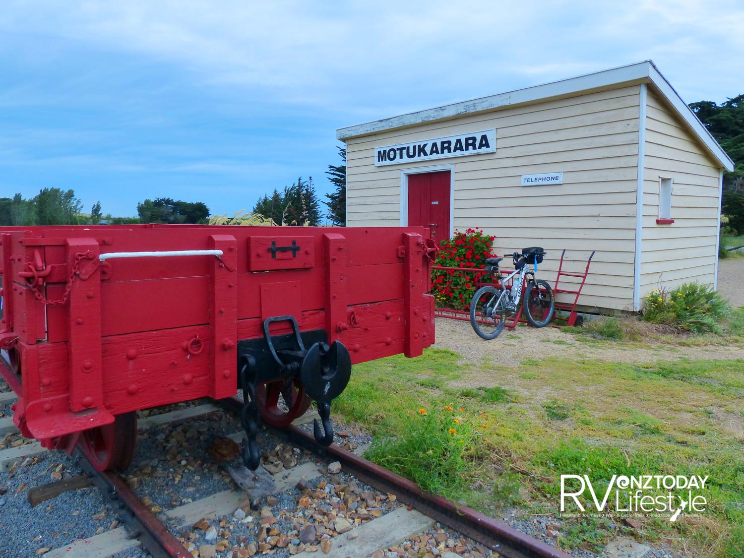 The Motukarara Station is magnificent and the finest, cutest and most extraordinarily well restored railway shed I have seen on my great rides