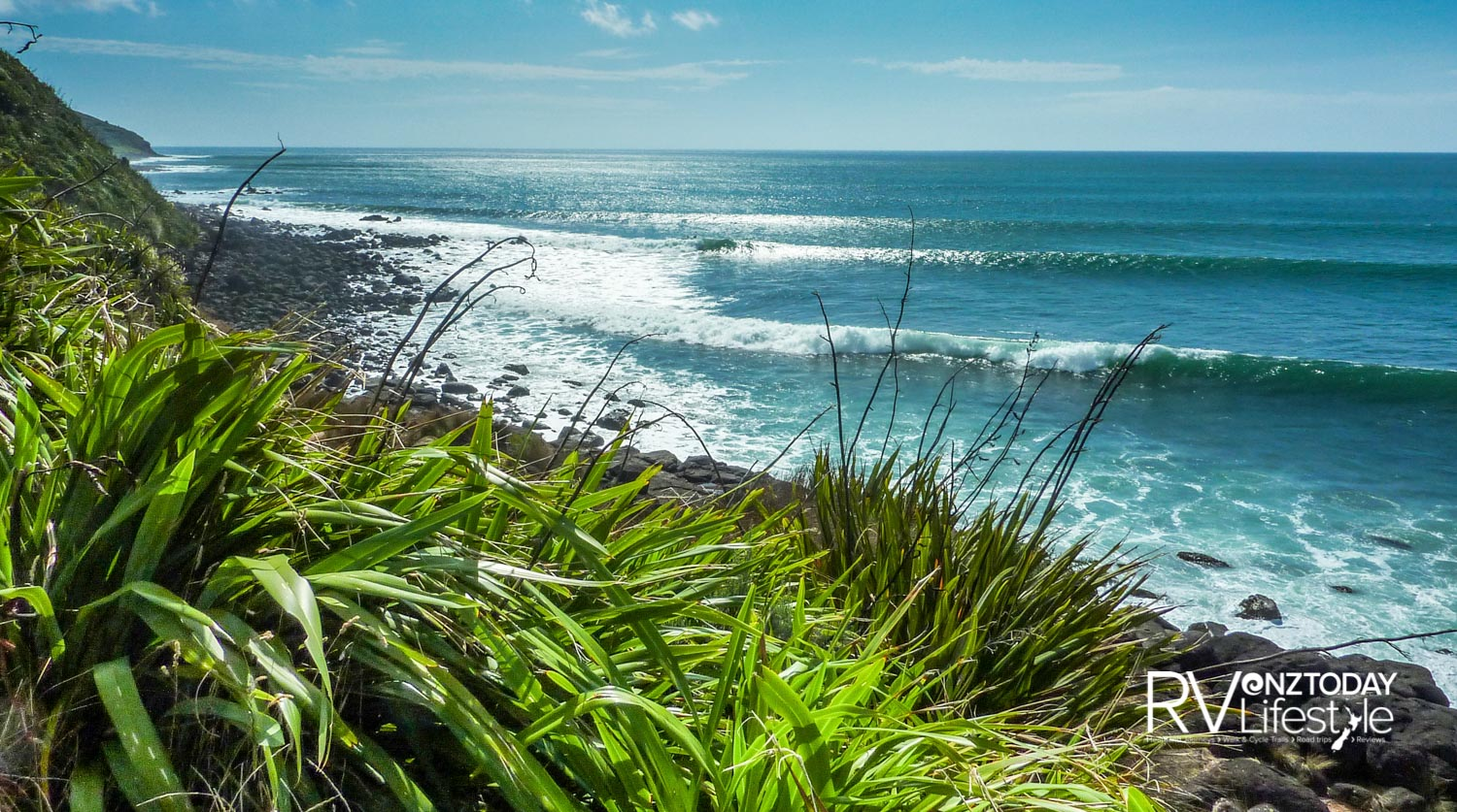 Awesome surf breaks at Indicators