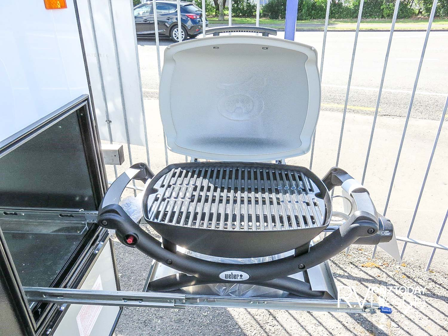 Love the slide-out BBQ in one of the rear storage lockers