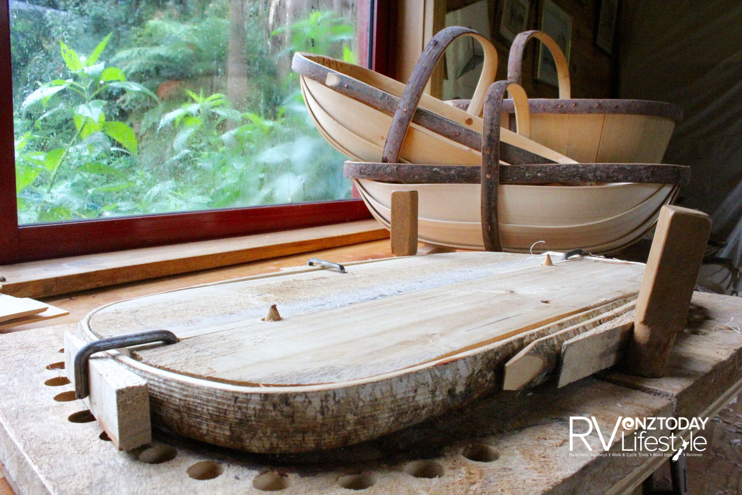 Tony has shaped this willow trug frame, now ready for drying (Photo: Lana Taylor)