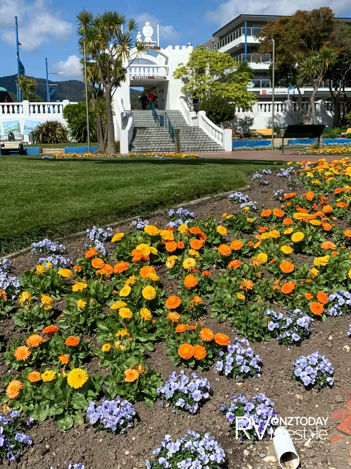 Spring flowers with the Picton Memorial arch as a backdrop
